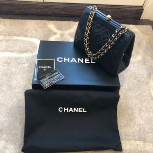 Authentic CHANEL Vintage Lambskin Black Bag